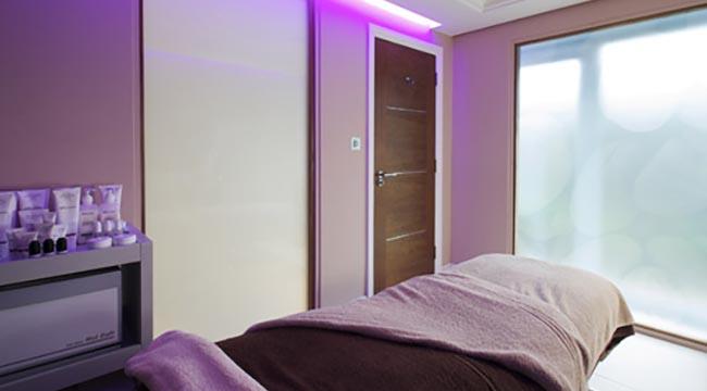 Edge Spa massage treatment room