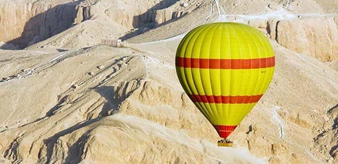 Hot air balloon to the Valley of Kings